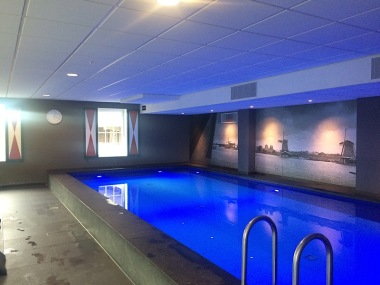 Inntel hotel pool